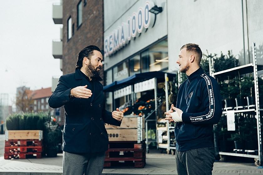 Ronny Hviid og Frederik Liltorp uden for REMA 1000